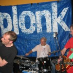 Ulrik på tin-whistle flankerad av Hasse och Steffen