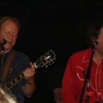 Två av kvällens tre gitarrister. Med tveklös känsla och inlevelse. Bild: Stefan Nilsson, Landskrona