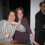 Tjo! Ett par tjejer som helt tydligt gillar storbann. I alla fall Susann.