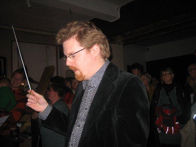 Fredrik Åkesson dirigerade med bravur i både moll och dur